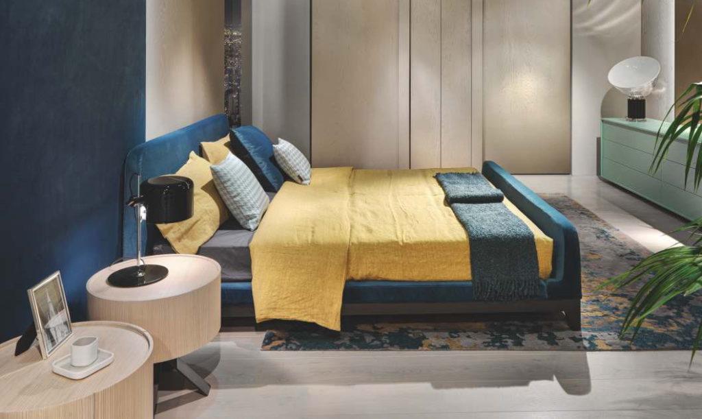 Круглая тумбочка спальня
