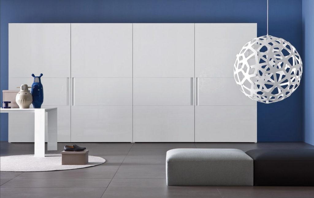 Шкафы со вставками белые