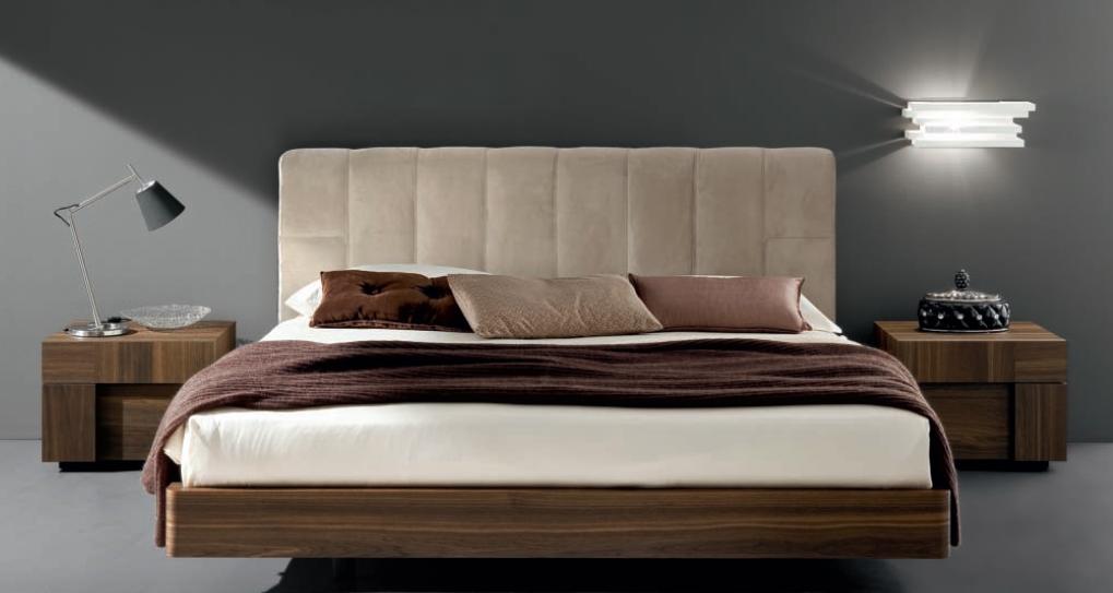 Кровать натуральное дерево