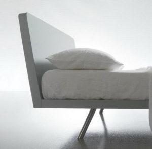 Кровать со сменным изголовьем