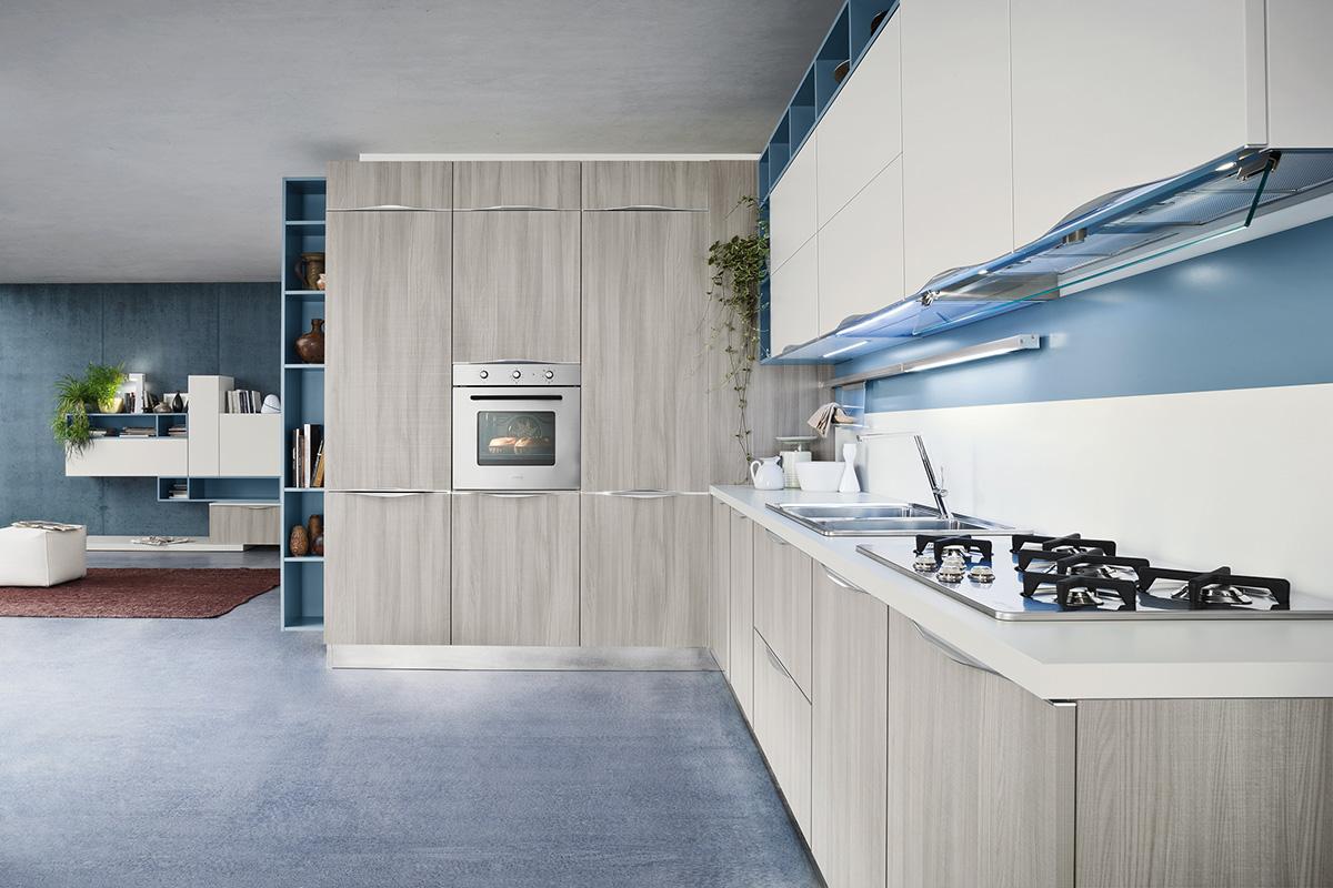 зона плиты - кухня ясень