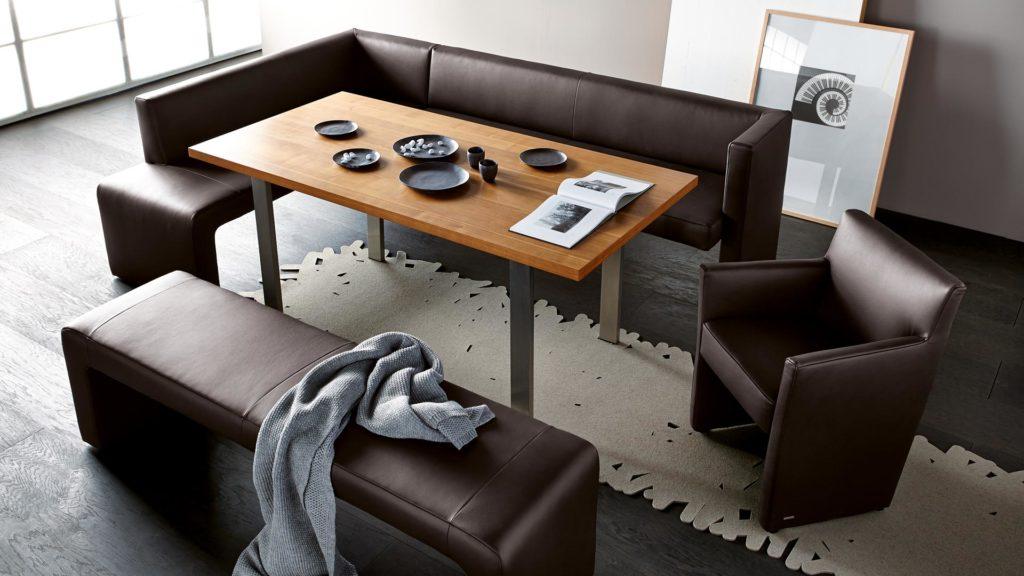 Кухонный уголок – диван на кухню прямой