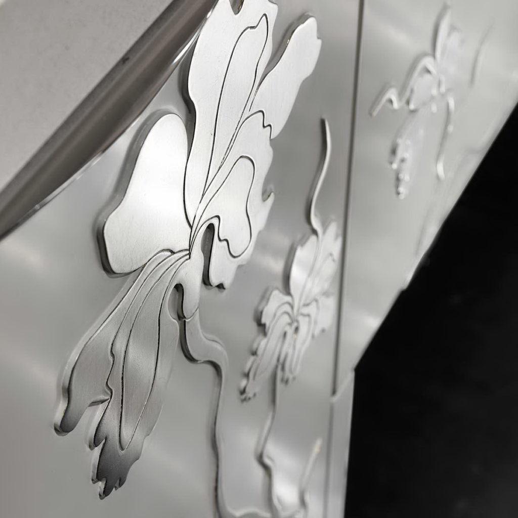 Цветок - 3д фасады для кухни в металлической отделке