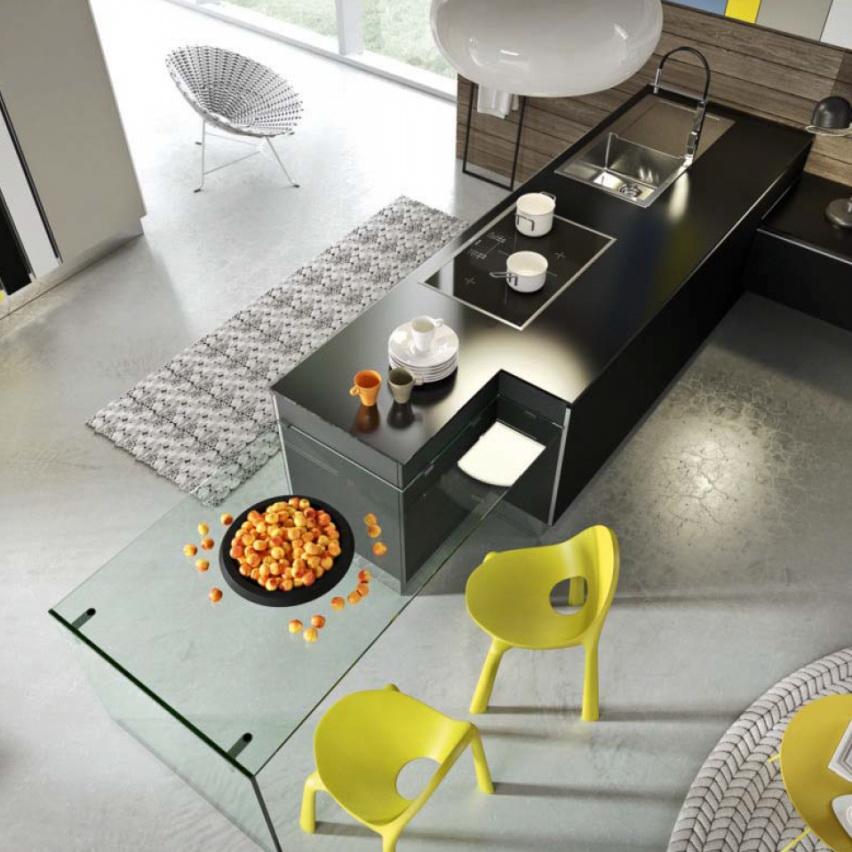 Стеклянная столешница кухни