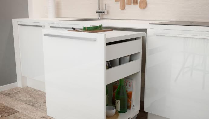 Выезжающий стол для маленькой кухни, фото