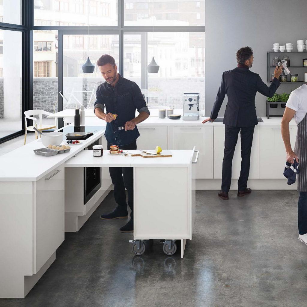 Стол для маленькой кухни, выезжающий