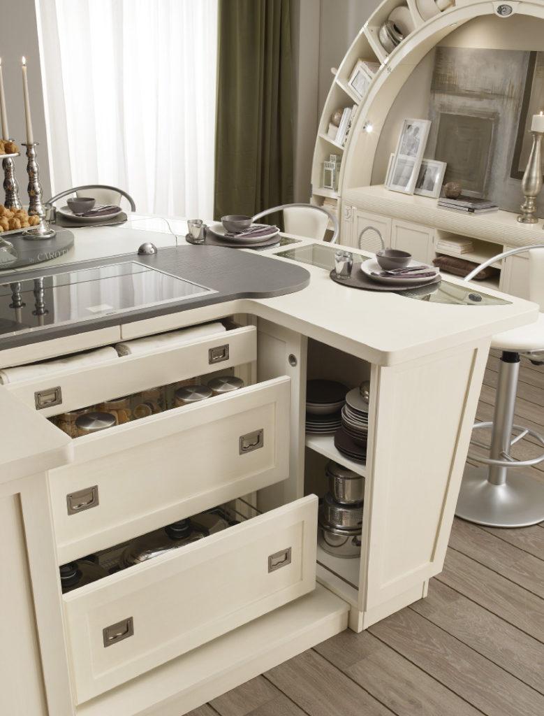 Кухня - остров в виде яхты ящики
