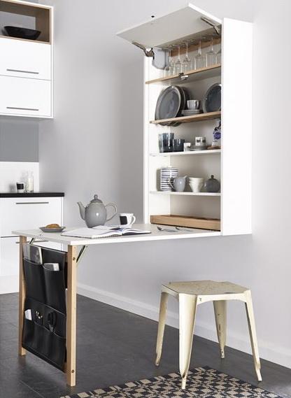 Белый складной стол для маленькой кухни