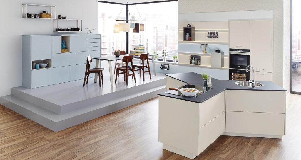 Мебельная выставка в Кельне 2017 – функциональная кухня белый остров