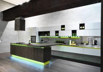 кухня с зеленым акцентом