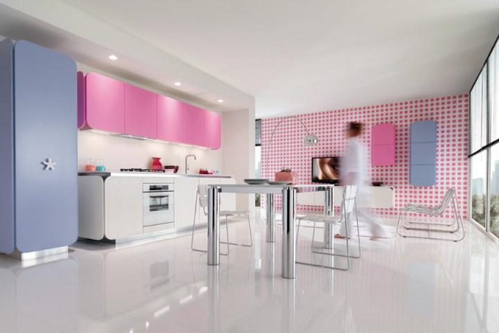 Красная кухня в стиле Хай-тек от Euromobil