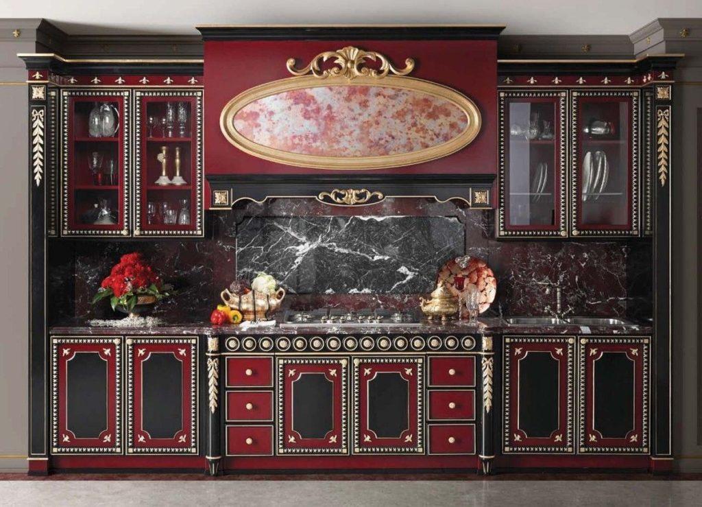 Красно-черная кухня с патиной