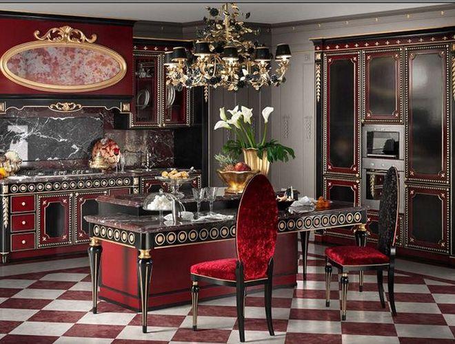 Красная черная кухня с золотой патиной