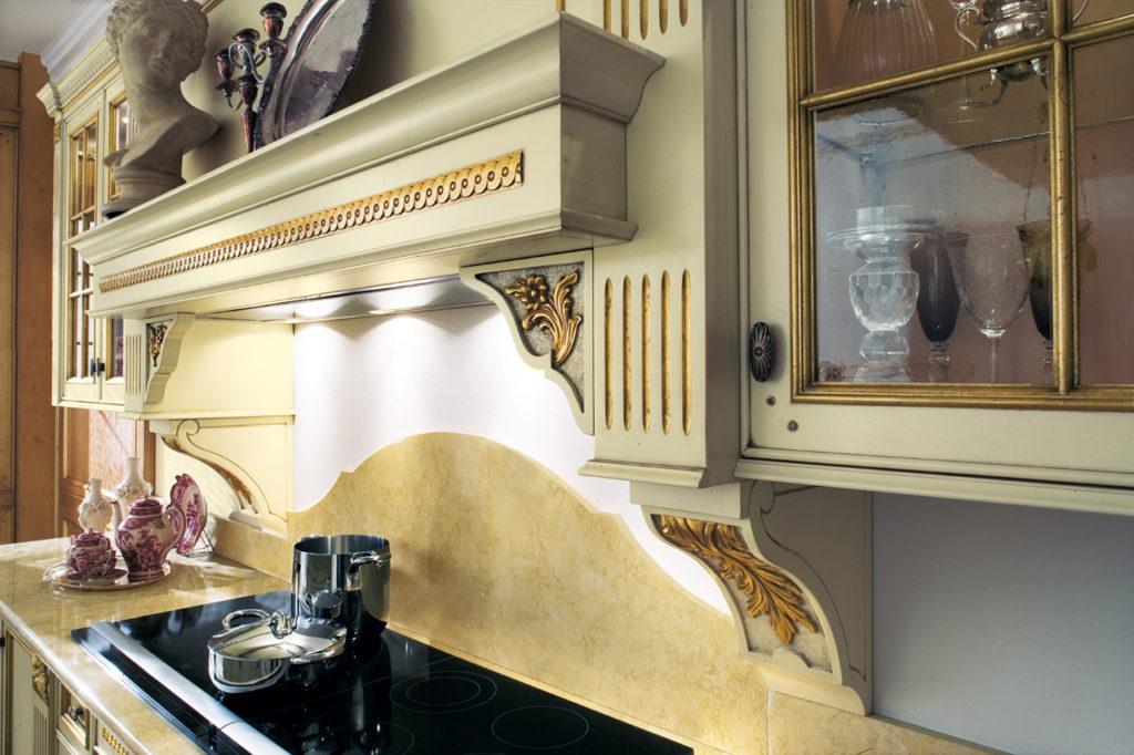 Дизайн с золотом кухня декор
