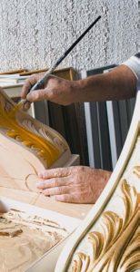 Дизайн с золотом кухня нанесение