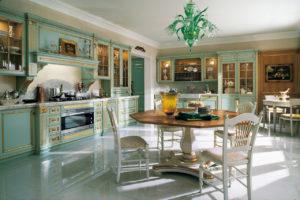 Дизайн с золотом кухня зеленая декор