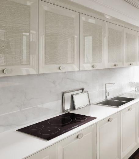 Кожаные фасады кухня белый глянец