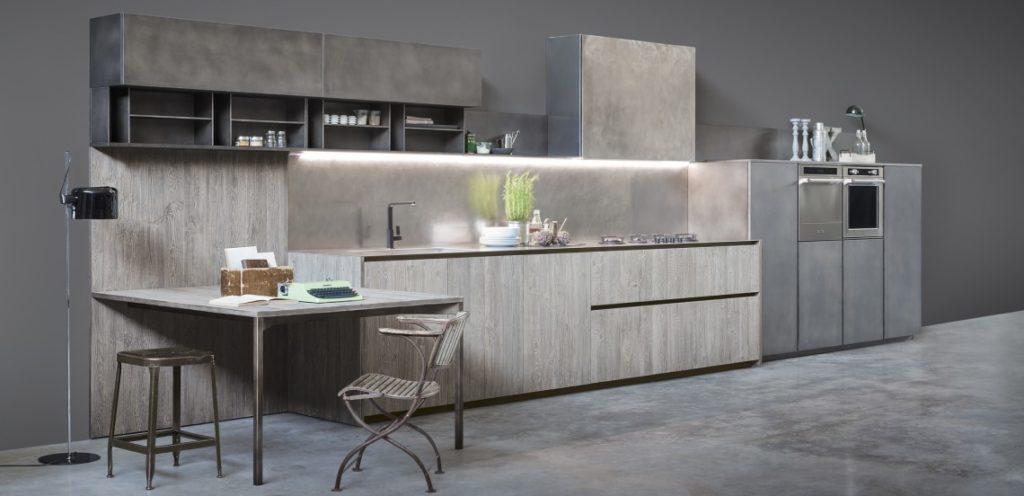 Кухня – бетон и дерево