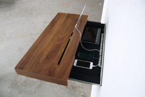 подставка под смартфон с ящиком