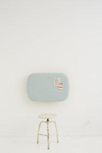 столик откидной настенный мягкий