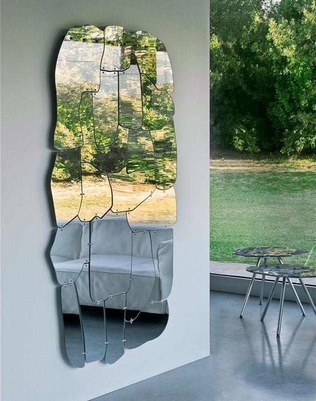 Необычное зеркало из кусочков