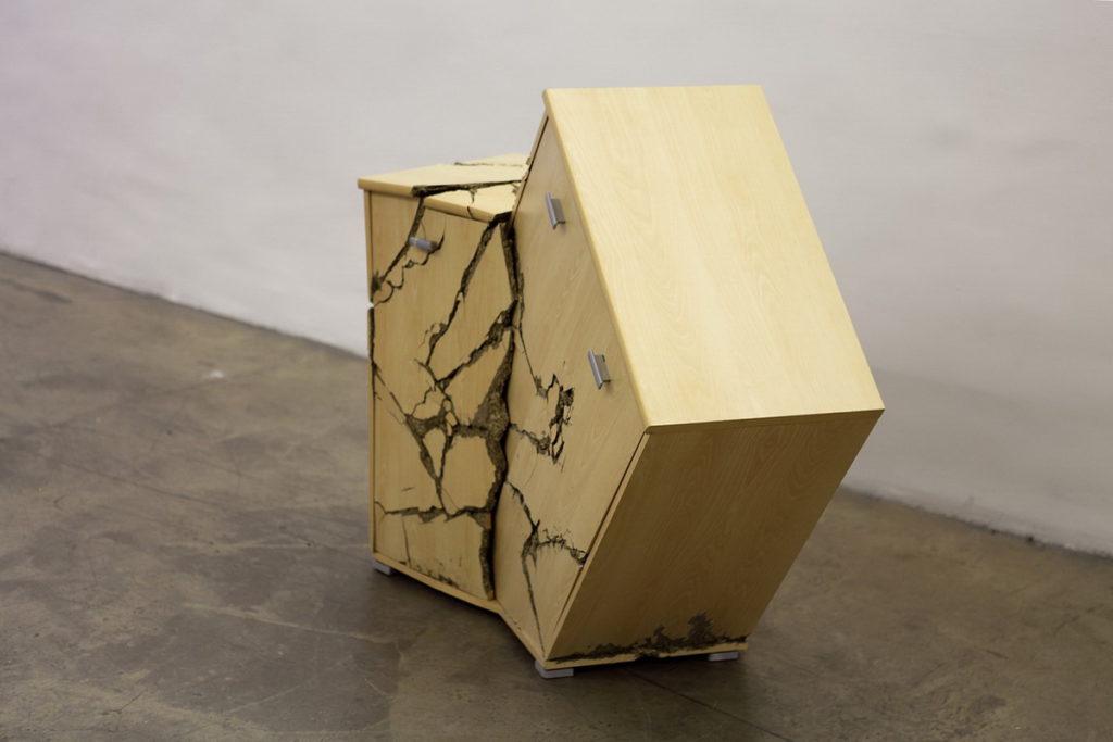 тумбочки мебель из ДСП