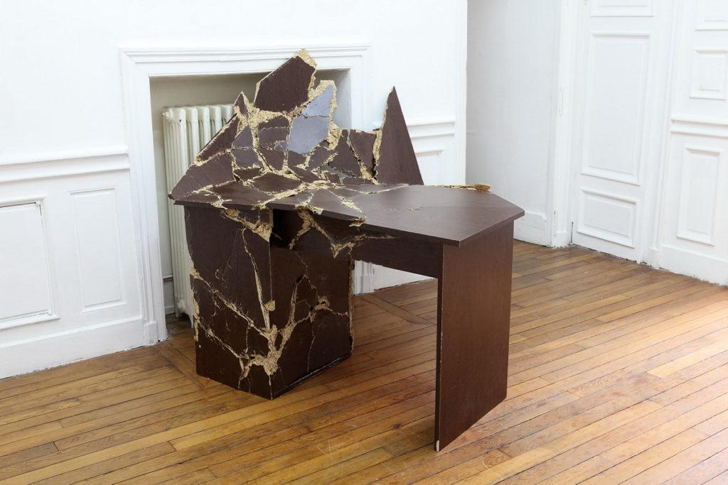 стол - мебель из ДСП
