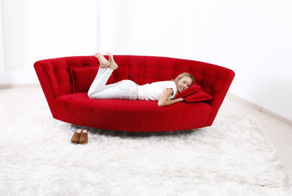 Дизайнерский диван лепесток