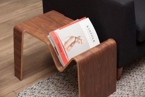 Приставной журнальный столик