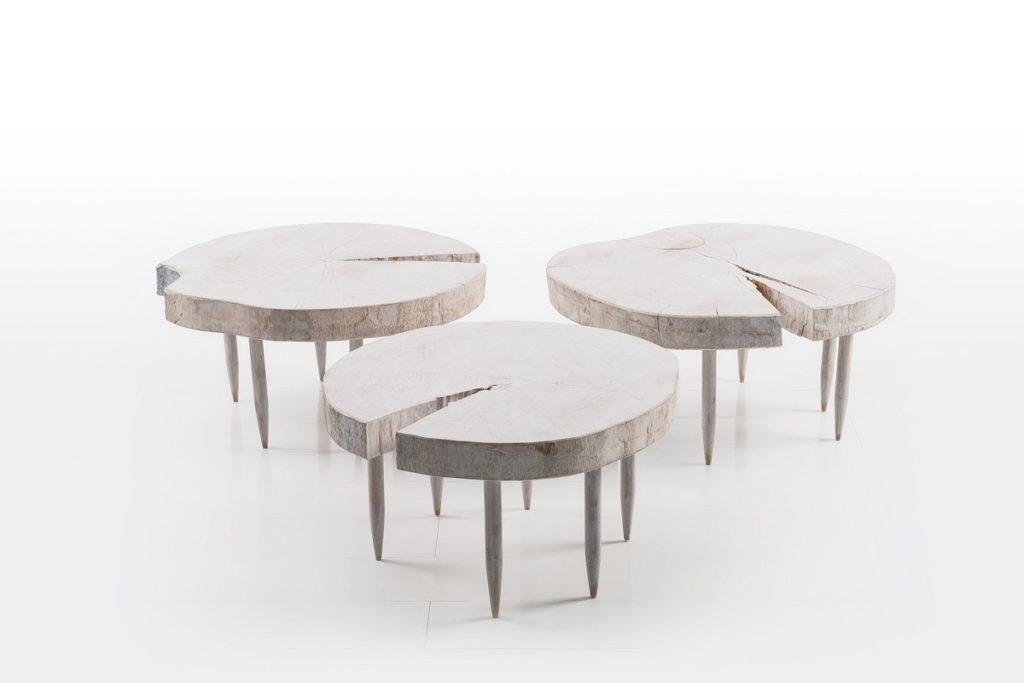 Журнальный столик из ствола дерева